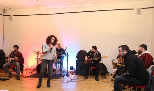 Kepez Müzik Ödüllerinde yarı final heyecanı