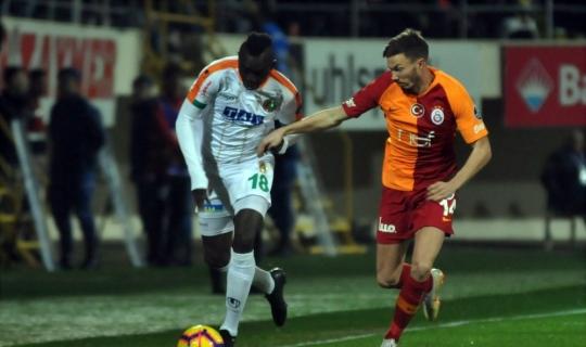 Spor Toto Süper Lig: Aytemiz Alanyaspor: 1 - Galatasaray: 1 (Maç sonucu)