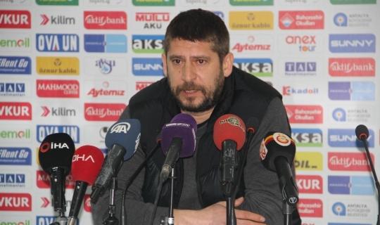"""Ümit Davala: """"Galatasaray 1-1 berabere kalıyorsa, bu bizim ayıbımızdır"""""""