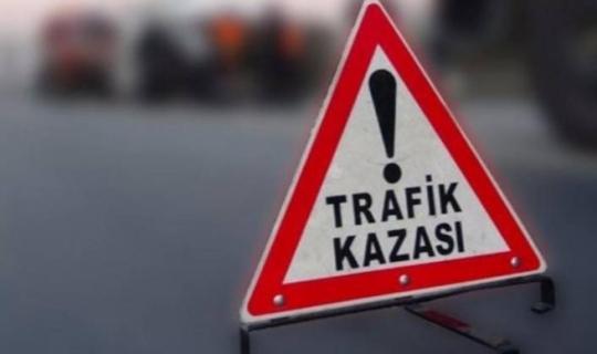Alanya'da otomobille minibüs çarpıştı: 3 yaralı