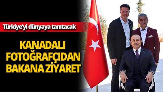 Dünyaca ünlü fotoğrafçıdan Bakan Çavuşoğlu'na ziyaret