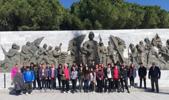 Liseli öğrenciler Çanakkale ruhunu yaşadı