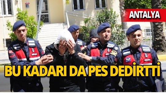 Antalya'da kendilerini jandarma olarak tanıttılar, kıskıvrak yakalandılar!