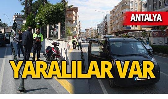 Antalya'da otomobil motosiklete çarptı: Yaralılar var!