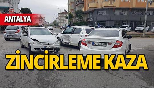 Antalya'da zincirleme kaza!