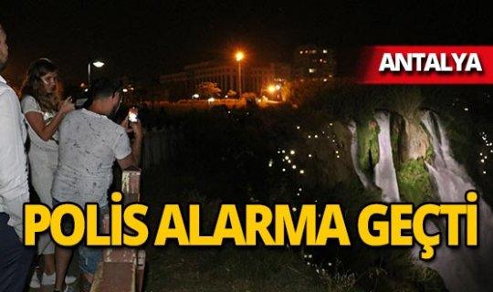 Antalya Düden Şelalesi'nde polisi alarma geçiren olay!