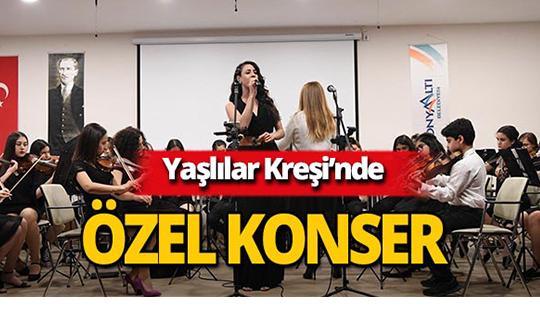 Konyaaltı Belediyesi'nden Yaşlılar Kreşinde 'Keman Orkestrası'