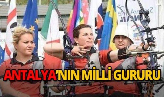 Zehra başarısıyla Antalya'nın gururu oldu