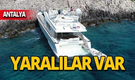 Lüks tekne kayalıklara çarptı: Yaralılar var