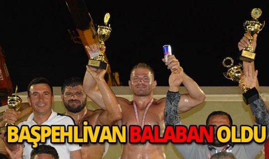 Altın Kiraz'ın başpehlivanı Balaban oldu