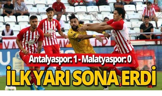 Maçın ilk yarısını Antalyaspor 1-0 önde tamamladı