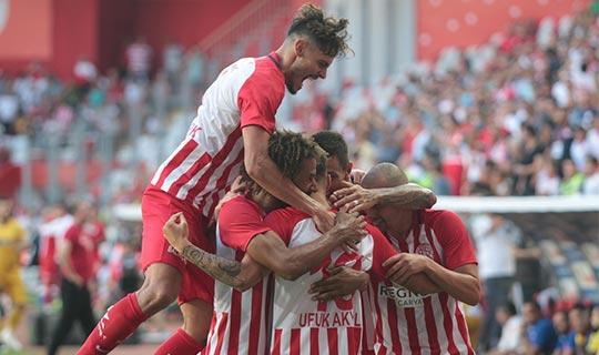 Antalyaspor seri peşinde