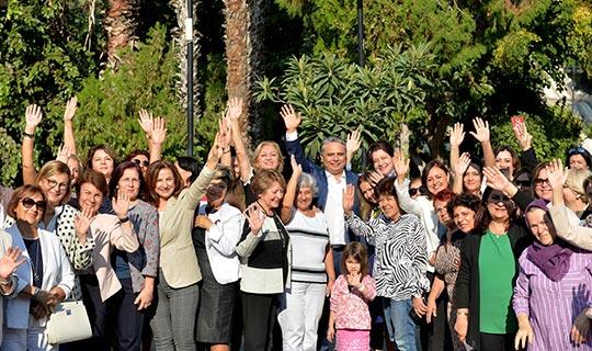 Başkan Uysal'dan kadın hareketine destek mesajı