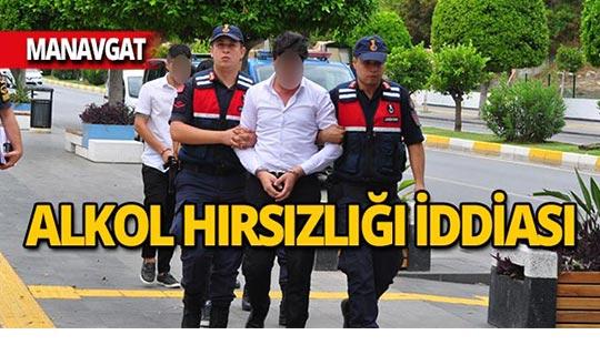 Otelden alkol hırsızlığı iddiasıyla gözaltına alındılar!