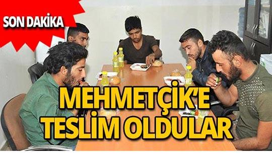 Teslim olan teröristlere, Mehmetçik yemek verdi