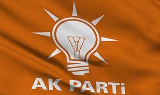 AK Parti'de bir ilçeye sürpriz başkan