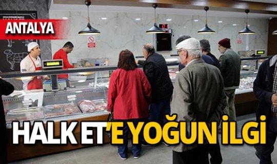 Antalyalılar Halk Et'e yoğun ilgi gösterdi