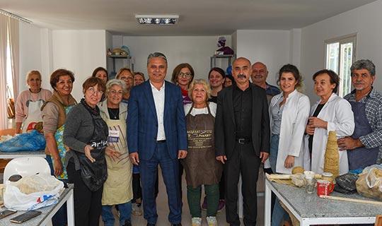 Başkan Uysal'dan sanat atölyelerine ziyaret