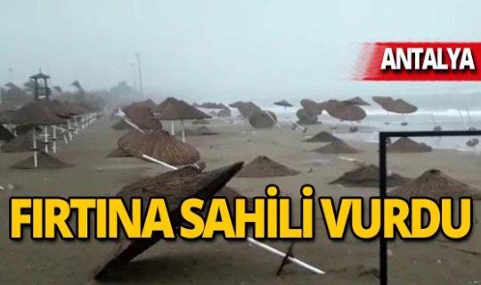 Şiddetli fırtına sahili vurdu