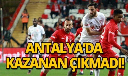 Antalyaspor Sivasspor ile berabere kaldı!