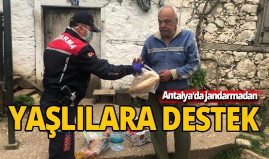 Antalya'da jandarmadan evden çıkamayan yaşlılara destek