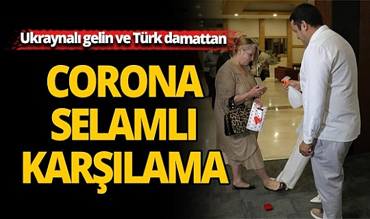 Antalya'da Ukraynalı gelin ve Türk damada 'corona' paketi