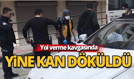 Antalya'da yol verme kavgasında kan döküldü