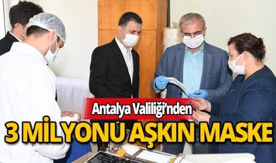 Antalya Valiliği 3 milyon 700 bin maske dağıttı