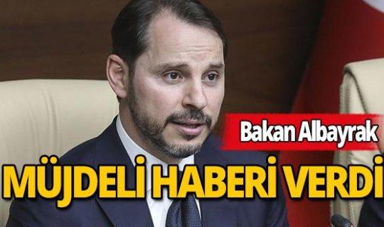 Bakan Albayrak ücretsiz izne çıkarılan vatandaşlar için müjdeli haberi verdi!