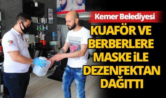 Kemer'de kuaför ve berber salonları dezenfekte yapıldı