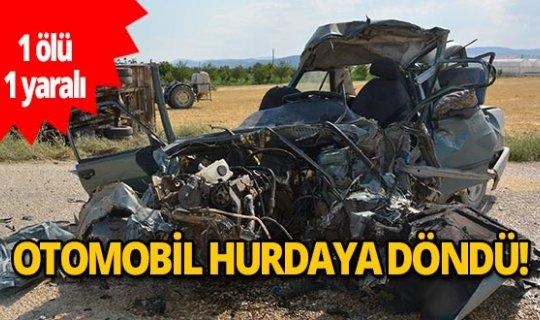 Antalya'da otomobil hurdaya döndü: 1 ölü,1 yaralı