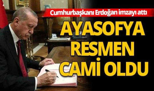 Cumhurbaşkanı Erdoğan Ayasofya'da ibadetin önünü açan kararnameyi imzaladı
