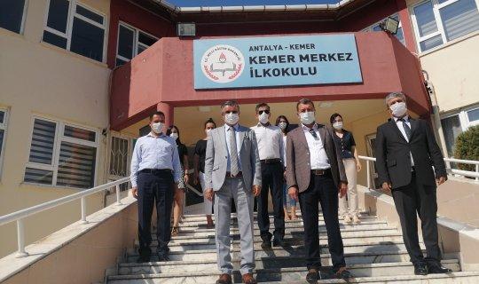 Antalya haber: Başkan Topaloğlu'ndan ilkokula ziyaret