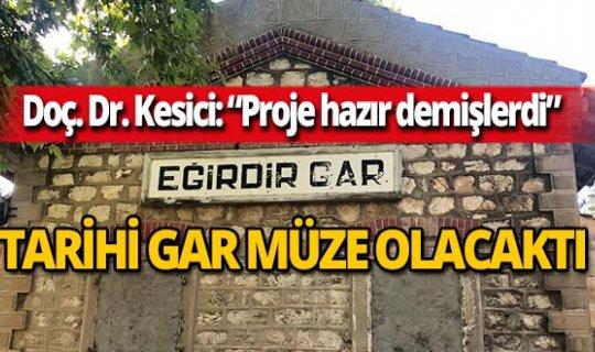 """Doç. Dr. Kesici, """"Tarihi çürüttünüz"""" diye isyan etti"""