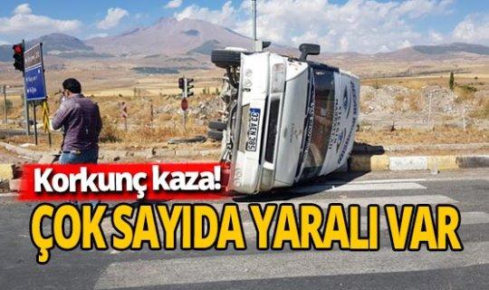 Kamyon ile minibüs çarpıştı: Yaralılar var