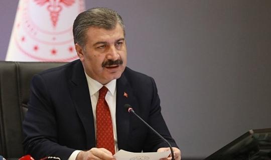 Sağlık Bakanı Koca'dan riskli seyahat açıklaması