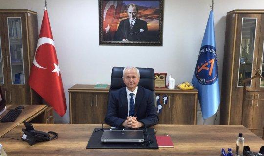Akdeniz Üniversitesi Ziraat Fakültesi Dekanı Prof. Dr. Davut Karayel, görevini Prof. Dr. Mustafa Erkan'a devretti