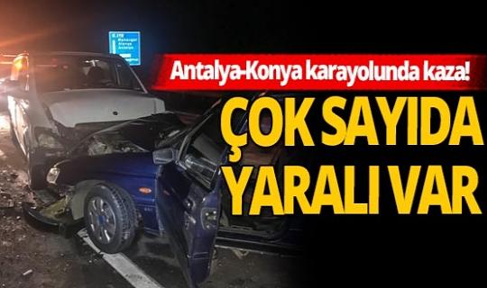 Akseki'de iki otomobil çarpıştı