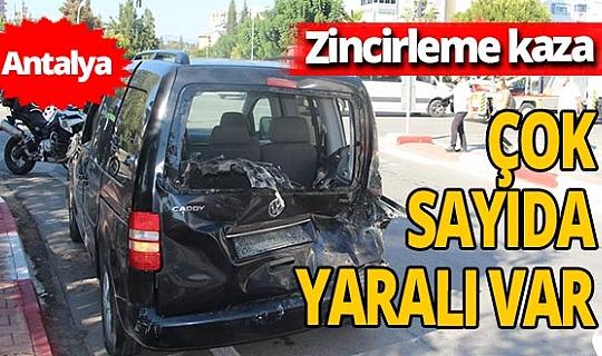 Ehliyetine el konulan sürücü Konyaaltı'nda zincirleme kazaya sebep oldu! 6 kişi yaralandı