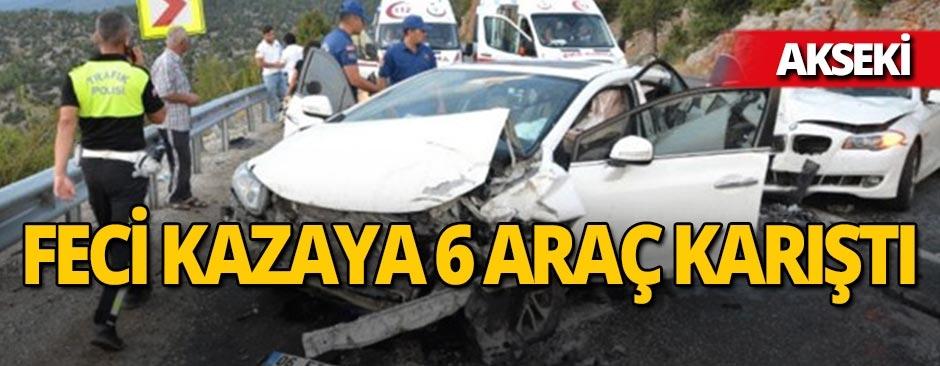 Akseki'de zincirleme kaza : Çok sayıda yaralı var