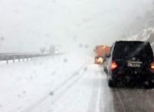 Antalya'da kar ulaşımı aksatıyor