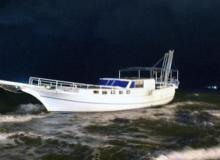 Şiddetli lodos tekneyi karaya oturttu