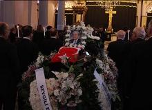 Efsane doktora Türk bayraklarıyla veda
