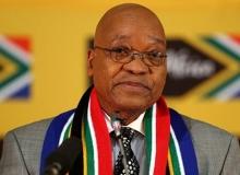 Zuma istifa etti