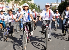Bisikletliler Derneği 23 Nisan'ı Çocuklarla Kutluyor