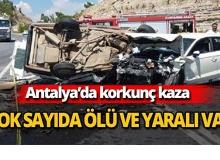 Antalya'da otomobiller kafa kafaya çarpıştı