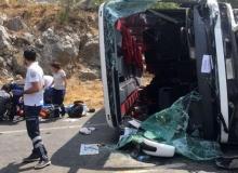 Akseki'deki kazada 2 ölü 30 yaralı