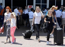 Havadan günde 72 bin turist geliyor