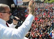 Cumhurbaşkanı Erdoğan, kredi kuruluşlarını sahtekarlıkla suçladı