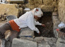 Demre'deki Noel Baba Kilisesi'nde insan iskeleti bulundu
